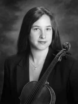 Black and white headshot of Jennifer Bloch holding viola