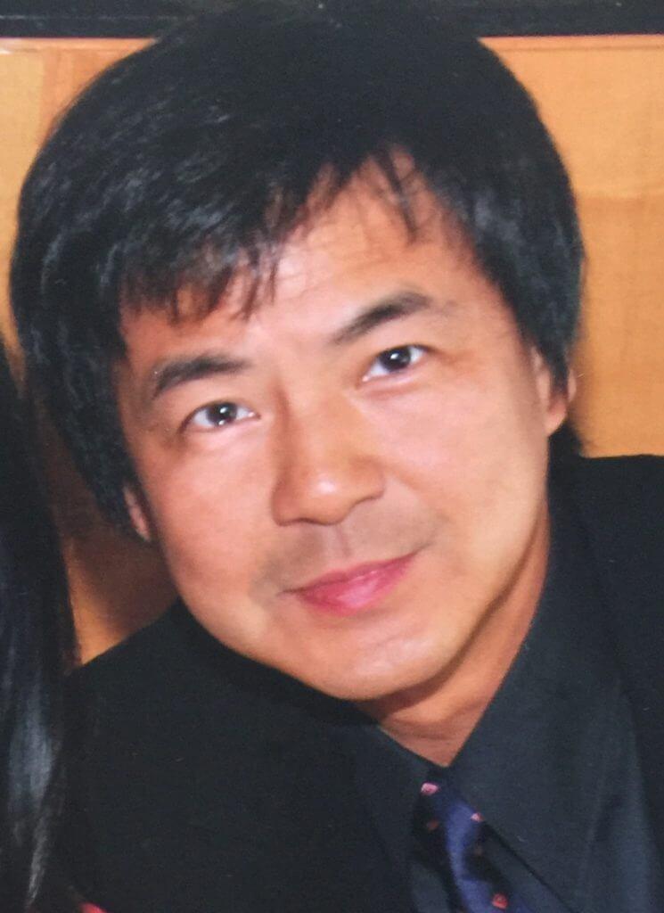 Yan Peng headshot