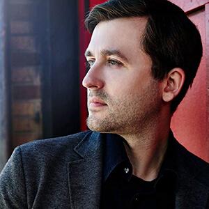 Pianist Andrew Staupe headshot